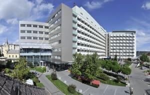 Aussenansicht des Landeskrankenhauses St. Pölten